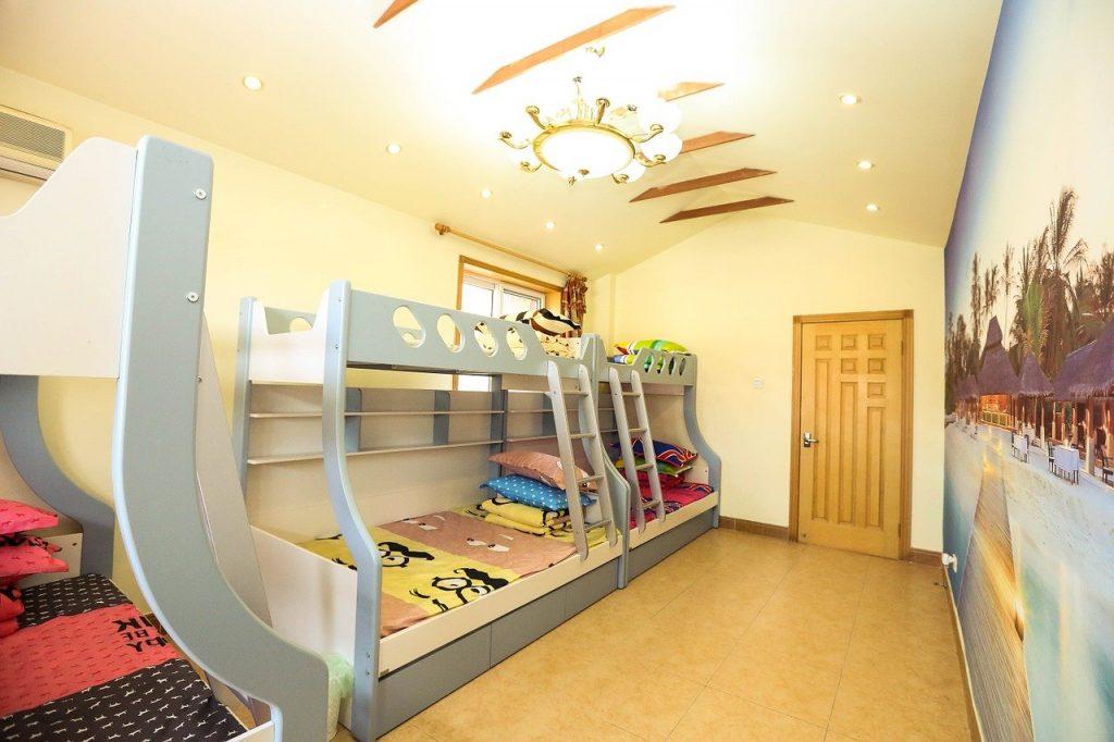 lit-mezzanine